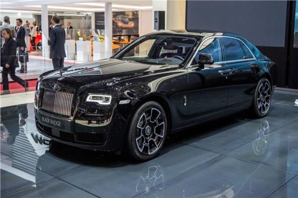 «رولز رويس» البريطانية تكشف عن 3 سيارات جديدة