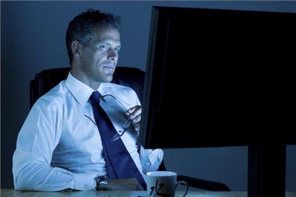 أضرار العمل ليلا على صحة الإنسان