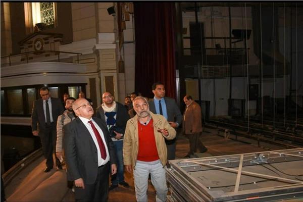 تطوير مسرح قاعة الاحتفالات الكبرى بجامعة القاهرة