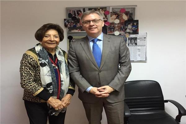 هدي بدران تستقبل سفير كندا فى القاهرة