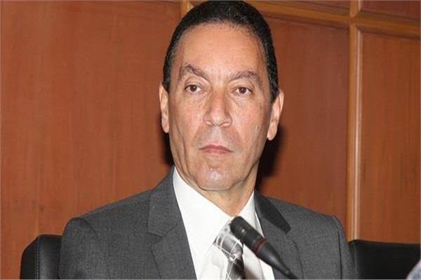 الدكتور هاني الناظر أستاذ الأمراض الجلدية