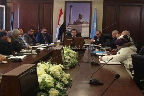 محافظ الاسكندرية يوجه بإحالة المتقاعسين عن متابعة أعمال النظافة للتحقيق