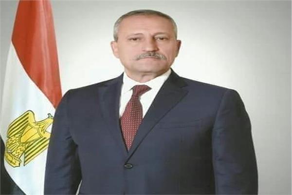 محافظ الاسماعيلية اللواء حمدي عثمان