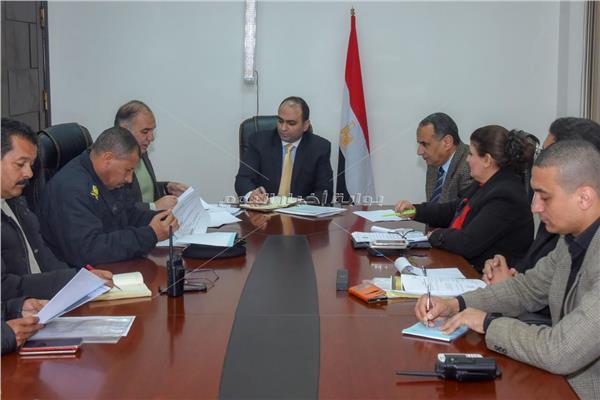 نائب محافظ الإسكندرية يبحث استعدادات استقبال بطولة أمم إفريقيا