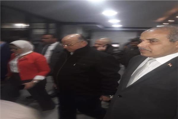رئيس جامعة الأزهر ووزيرة الصحة ومحافظ القاهرة يطمئنون على مصابي حادث الدرب الأحمر الإرهابي
