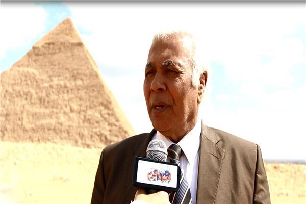 اللواء عبد الرحمن حماد رئيس الاتحاد المصري للقفز بالمظلات والرياضيات الجوية