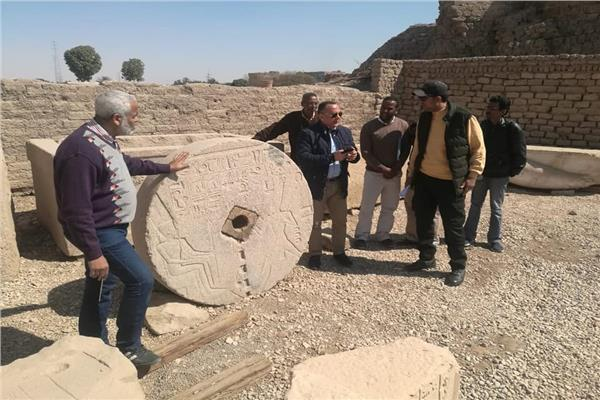 قبل تحويل منطقته إلى متحف مفتوح.. «وزيري» يتفقد معبد دندرة