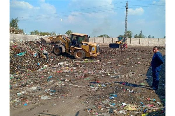"""البيئة: رفع 800 طن مخلفات في """"أبوكبير"""" بالشرقية"""