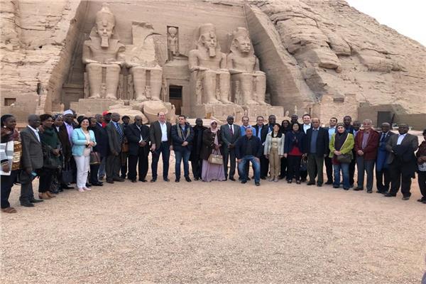 السفراء الأفارقة في معبد ابو سمبل