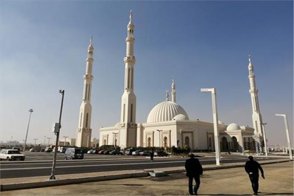 شعائر صلاة الجمعة من مسجد الفتاح العليم بالعاصمة الإدارية