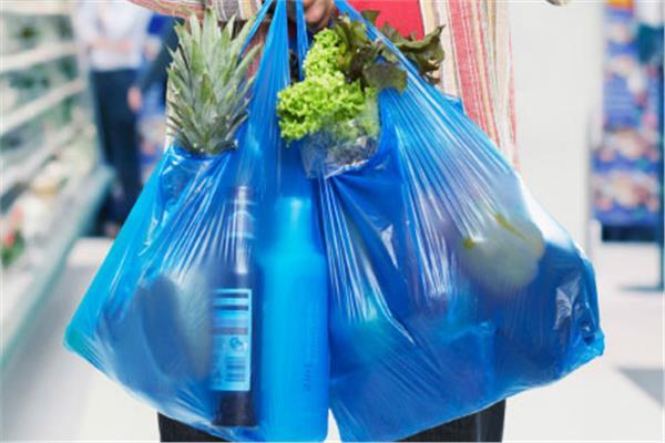 اندونيسيا تحظر الأكياس البلاستيك ذات 20190225095943312.jp