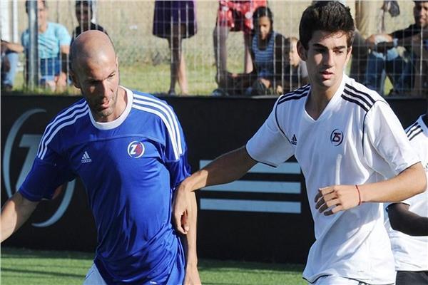 زين الدين زيدان مع ابنه لاعب ريال مدريد