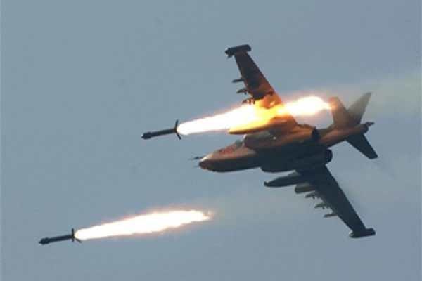 إسرائيل تشن ضربات جوية على غزة