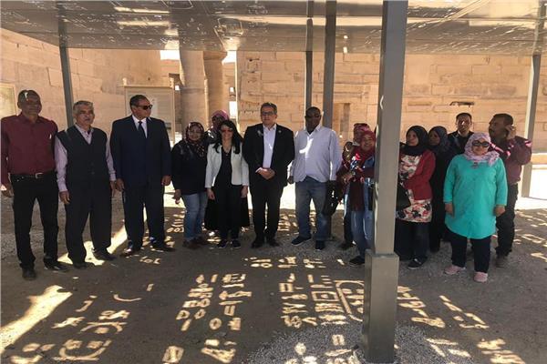 وزيرا الاثار والسياحة يتفقدان معابد فيلة باسوان