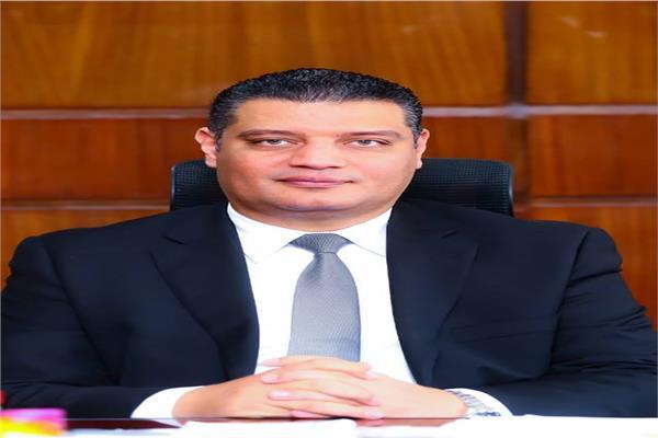 أيمن عبد الموجود