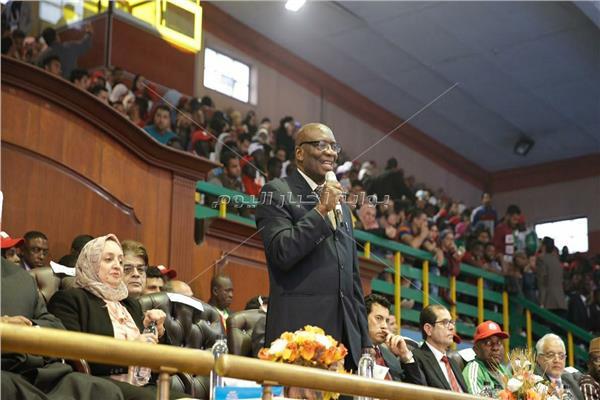 أمين اتحاد الجامعات الإفريقية الدكتور إتيان أهيلي