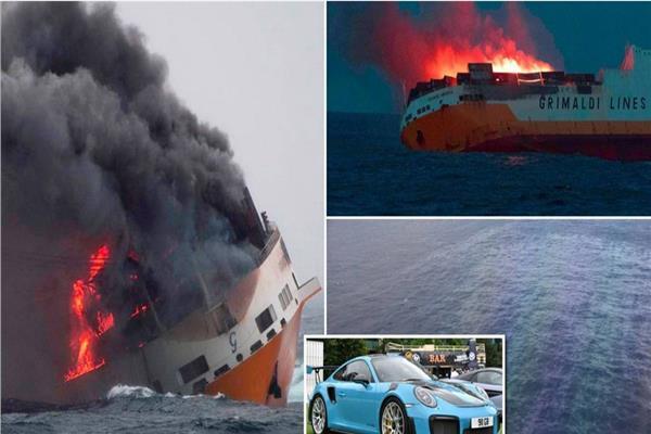 صورة للسفينة أثناء غرقها