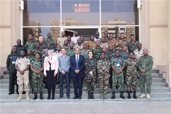 صورة للضباط الأفارقة في الأكاديمية الوطنية لمكافحة الفساد