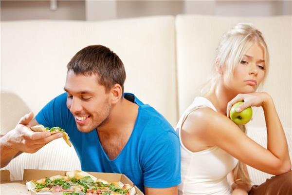 كيف تساعد شريك حياتك في إنقاص وزنه ؟