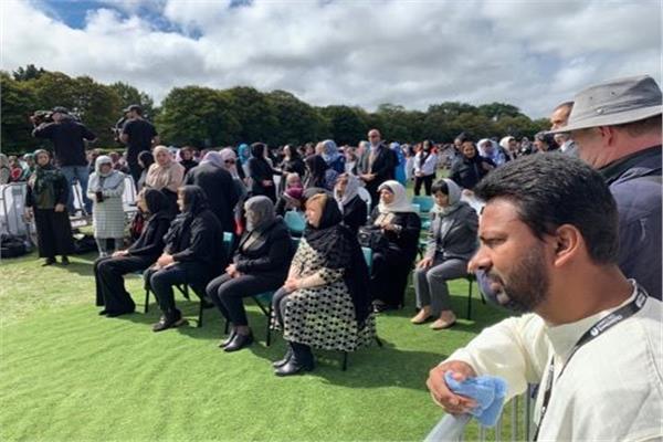 وزيرة الهجرة تشارك في المراسم الرسمية لجنازة شهداء حادث المسجدين نيوزيلندا