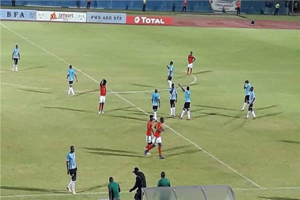 صورة من مباراة بوتسوانا وأنجولا