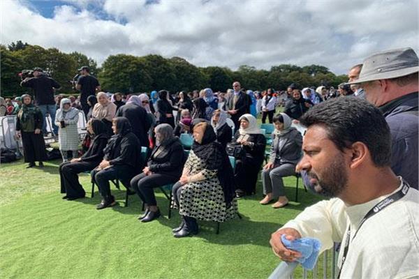 سكتة قلبية تنهي حياة والدة أحد ضحايا هجوم نيوزلندا خلال جنازته