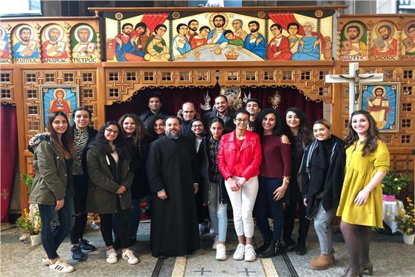 كنيسة الأقباط الكاثوليك بباريس تنظم يوم الشباب الشرقي