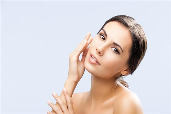 احذري الأخطاء الـ 5 عند تنظيف الوجه