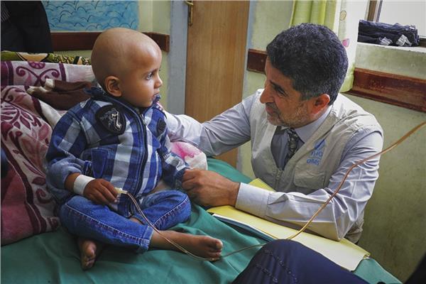 د.أحمد المنظري خلال زيارته لليمن