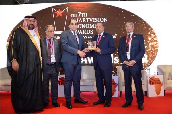 الوحدة الاقتصادية العربية تكرم «حسن حسين» في منتدى مصر الاقتصادي