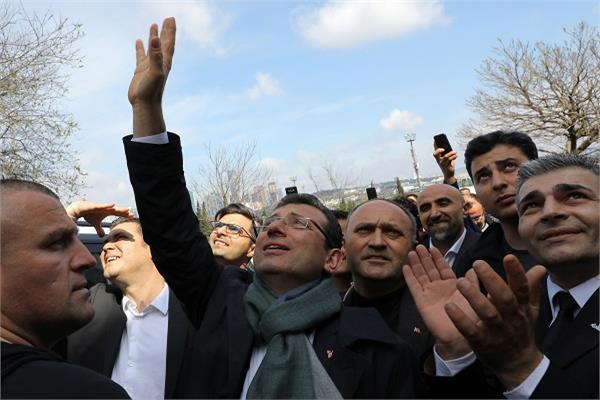 إكرام إمام أوغلو - صورة من رويترز