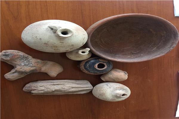 القطع الأثرية المهربة