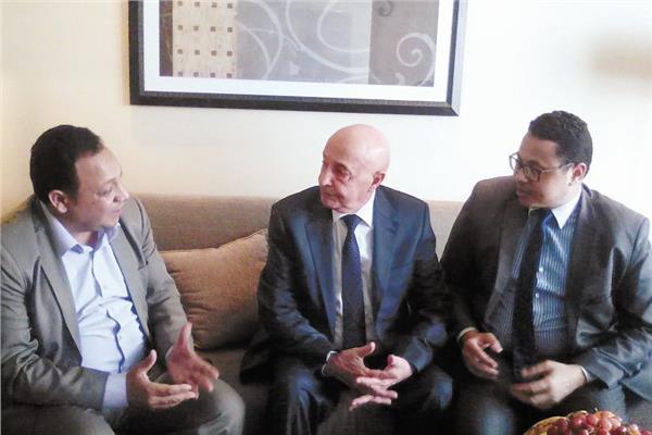 المستشار عقيلة صالح رئيس مجلس النواب الليبى خلال حواره مع «الأخبار»