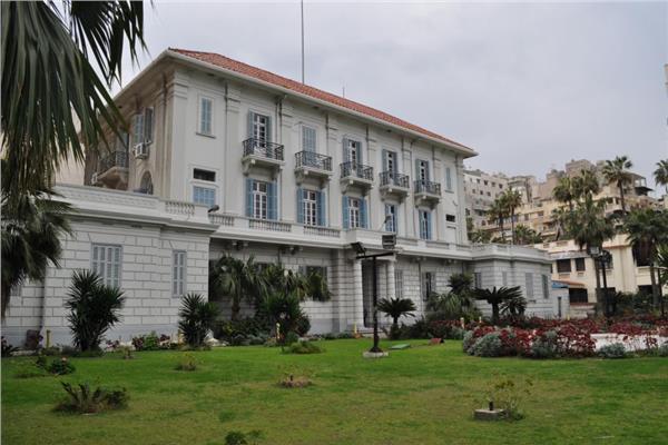 كلية طب الإسكندرية