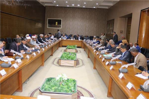 شوشة يؤكد علي تحصيل مستحقات الدولة في سيناء