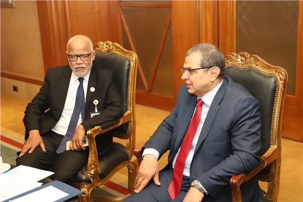 جانب من لقاء وزير القوى العاملة مع محمد يتيم وزير الشغل بالمملكة المغربية