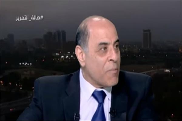 الدكتور أشرف مرعي