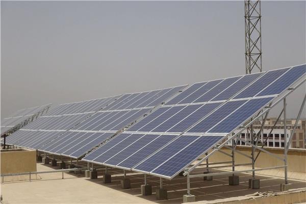 الإسكان تخصص 60 فداناً بالمنيا الجديدة لإقامة محطة كهرباء شمسية