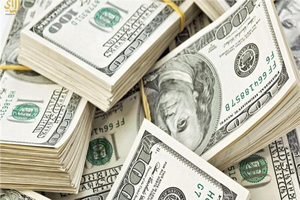 سعر الدولار يتراجع قرشين أمام الجنيه المصري