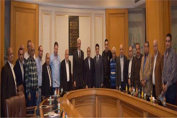 تشكيل مجلس إدارة جديدة لشعبة الذهب بغرفة القاهرة