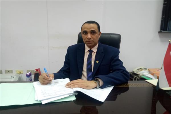 الدكتور أحمد عبد السلام عميد كلية الآداب جامعة الفيوم