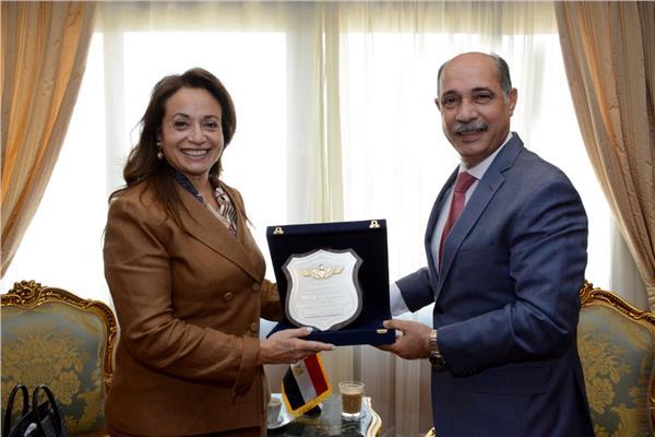 وزير الطيران ومفوض الإتحاد الإفريقي للبنية التحتية والطاقة