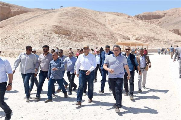 جانب من زيارة رئيس الوزراء لمحافظة الأقصر