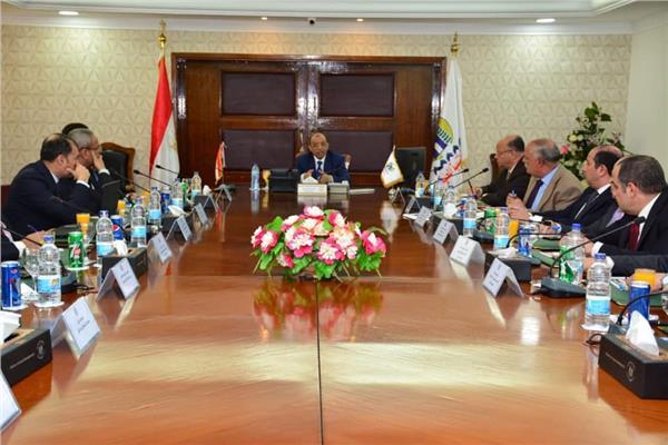 وزير التنمية يبحث إقامة الأسواق الحضارية بالقاهرة