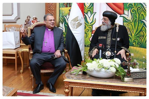 البابا تواضروس الثاني والقس أندريه زكي