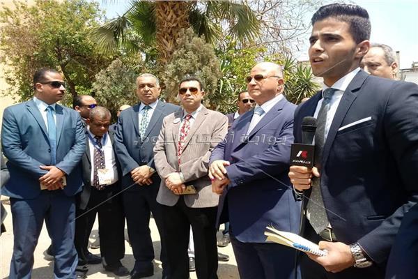 محافظ القاهرة ووزير التنمية المحلية