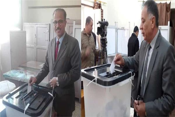 وكيلا «الصحة» و«التعليم» بدمياط يشاركان في الاستفتاء