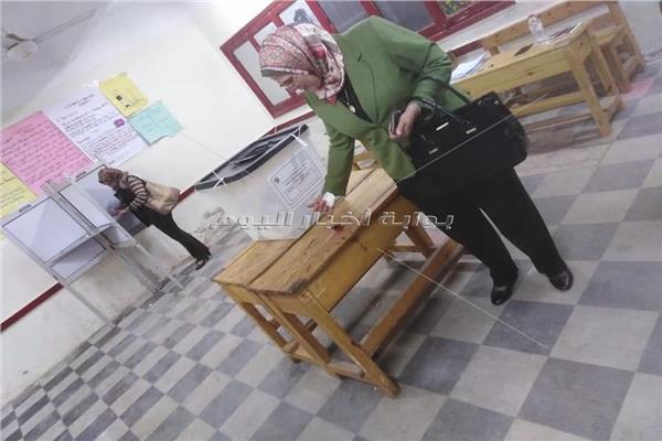 الدكتورة عايدة عطية مقررة المجلس القومي للمرأة بالشرقية