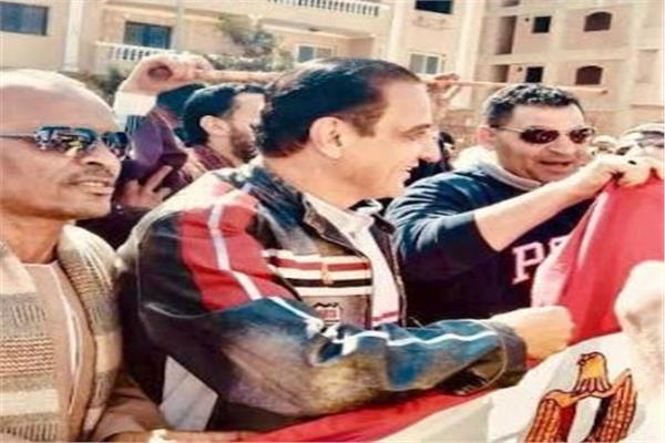 طارق علام يدلى بصوته فى الاستفتاء