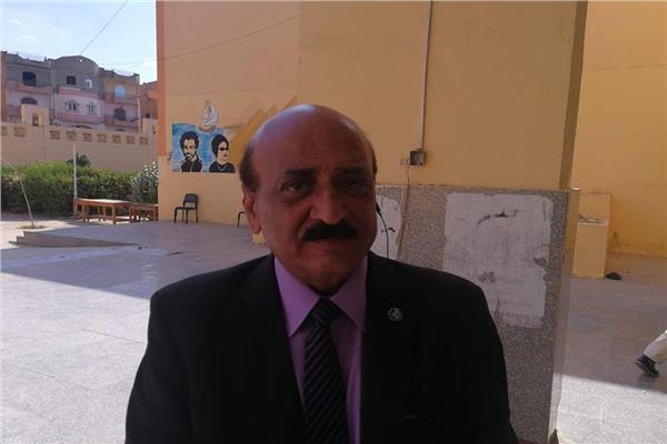 عادل سليمان رئيس غرفة عمليات متابعة الاستفتاء بالشيخ زايد